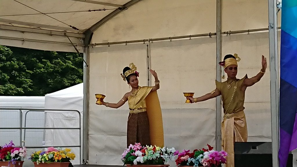 Thai dancers in the UK